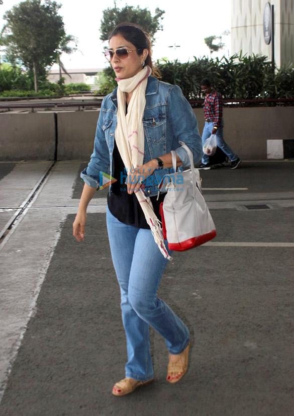 Ajay Devgn, Parineeti Chopra, Priyanka Chopra and more spotted at Mumbai airport