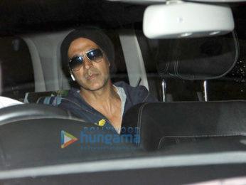 Akshay Kumar and Kajal Aggarwal snapped at the airport