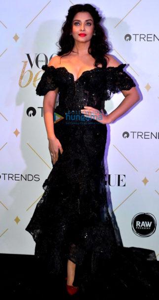 Celebs grace Vogue Beauty Awards 2017