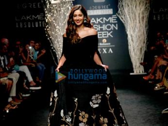 Ileana D'Cruz walks for De Belle at Lakme Fashion Week 2017