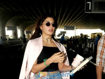 Jacqueline Fernandez, Sidharth Malhotra, Ileana D'Cruz and Kanika Kapoor snapped at the airport