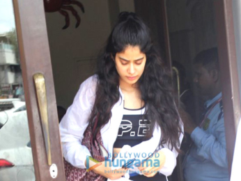 Jahnavi Kapoor snapped at Bastian in Bandra