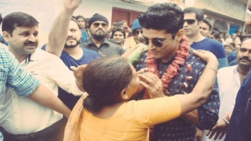 WOW! Farhan Akhtar gets overwhelmed by the love he receives in his ancestral village1