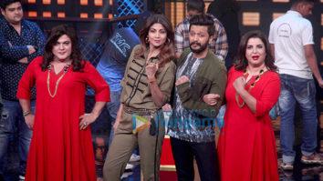 Shilpa Shetty and Riteish Deshmukh snapped on the sets of Lip Sing Battle