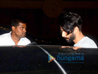 Shahid Kapoor snapped in Juhu