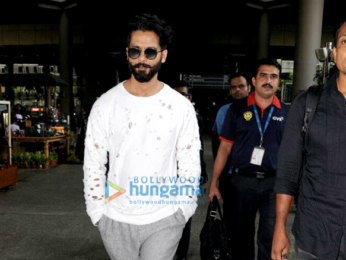 Aamir Khan, Kriti Sanon, Ameesha Patel and others snapped at the airport
