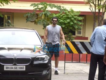 Aditya Roy Kapur and Nidhhi Agerwal snapped post gym