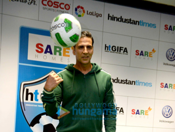 Akshay Kumar graces the grand opening ceremony of Indian Football Tournament in New Delhi