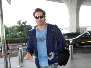 Arjun Rampal, Sidharth Malhotra, Kalki Koechlin snapped at the airport