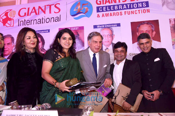 Celebs grace 45th Giant Day Awards function and celebrations