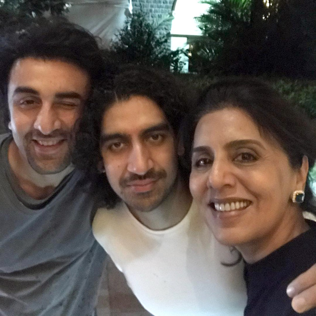 Check out Ranbir Kapoor has a perfect birthday dinner with mom Neetu Kapoor and best friend Ayan Mukerji