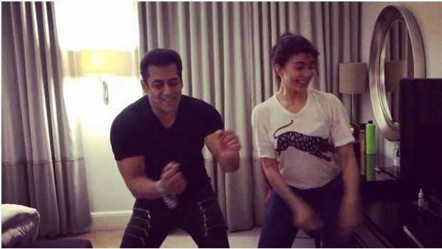 Don't miss Salman Khan dancing to the tunes of the iconic song 'Tan Tana Tan' with Jacqueline Fernandez features