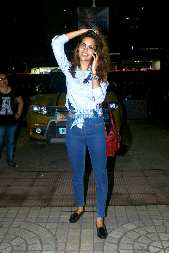 Esha Gupta snapped post a screening of 'Baadshaho'