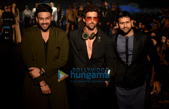 Hrithik Roshan, Esha Gupta, Nidhhi Agerwal and others walk at Tech Fashion Tour Season 3