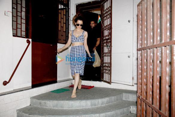 Kangana Ranaut snapped post dubbing in Bandra