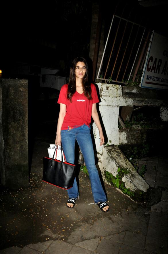 Kriti Sanon snapped at a salon in Juhu