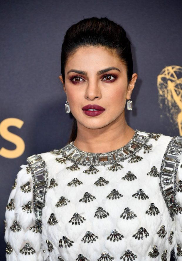 Priyanka Chopra serves some sexy4