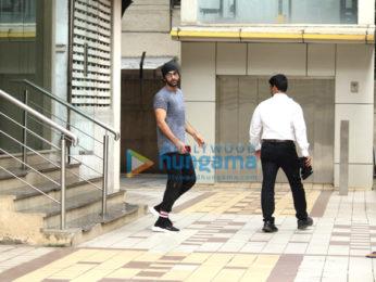 Ranbir Kapoor snapped post rehearsals in Bandra