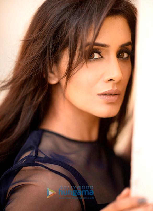 Sonali Kulkarni Movies, News, Songs & Images - Bollywood