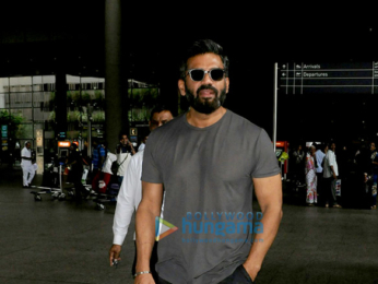 Suniel Shetty snapped at the airport