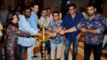 Dino Morea, Mukesh Rishi and others grace the opening of Akhilesh Kumar's art show 'Sochalay'