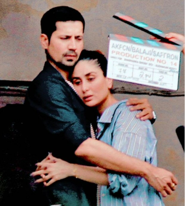 LEAKED PHOTOS Kareena Kapoor Khan and Sumeet Vyas embrace each other during Veere Di Wedding shoot in Delhi1