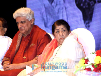 Lata Mangeshkar and Javed Akhtar grace Hridaynath Mangeshkar Awards at Shanmukhanan hall