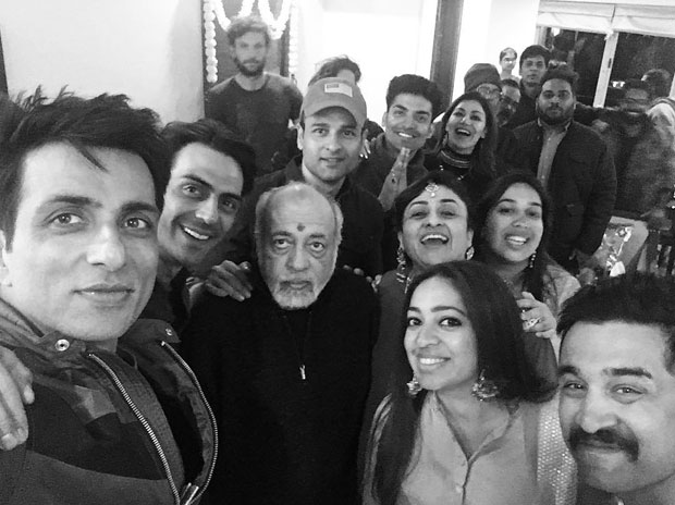 Sonu Sood shares his Paltan family's photo as the film's team bonds with each other
