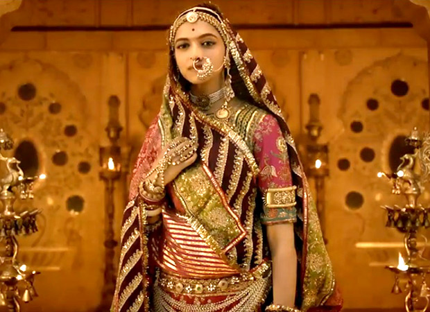 Super HEAVY COSTUMES for Deepika Padukone in PADMAVATI but the ACTRESS is certainly NOT complaining! 1