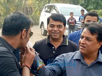 Ajay Devgn celebrates producer Kumar Mangat Pathak's birthday on the sets of 'Raid'