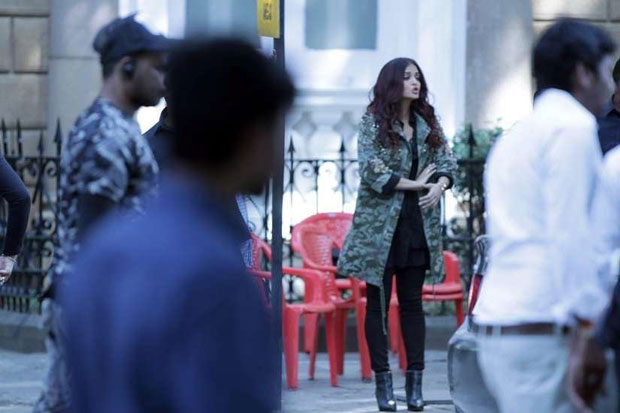 Anil-Kapoor-as-a-taxi-driver;-Aishwarya-Rai-Bachchan's-look-revealed-in-Fanney-Khan-22