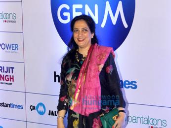 Celebs grace Arijit Singh's Live concert