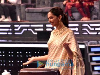 Deepika Padukone promotes Padmavati on the sets of Super Dancer