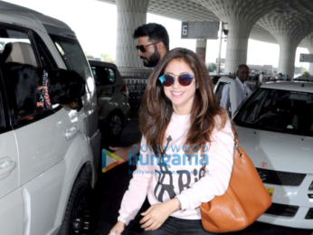 Huma Qureshi, Athiya Shetty, Urmila Matondkar and others snapped at the airport