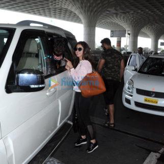 Huma Qureshi, Athiya Shetty, Urmila Matondkar and others snapped at the airport