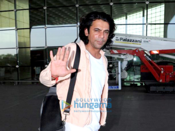 Irrfan Khan, Sunil Grover and Hema Malini snapped at the airport