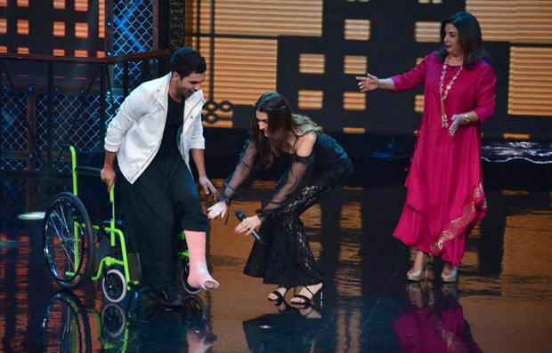 It was a riot on Lip Sing Battle with Hrithik Roshan, Kriti Sanon and Rajkummar Rao dancing together on stage (6)