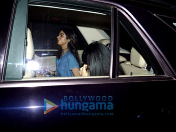 Jhanvi Kapoor and Khushi Kapoor snapped post dinner at Olive in Bandra
