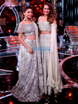 Kanika Kapoor and Sonakshi Sinha shoot for the grand finale of 'Om Shanti Om'