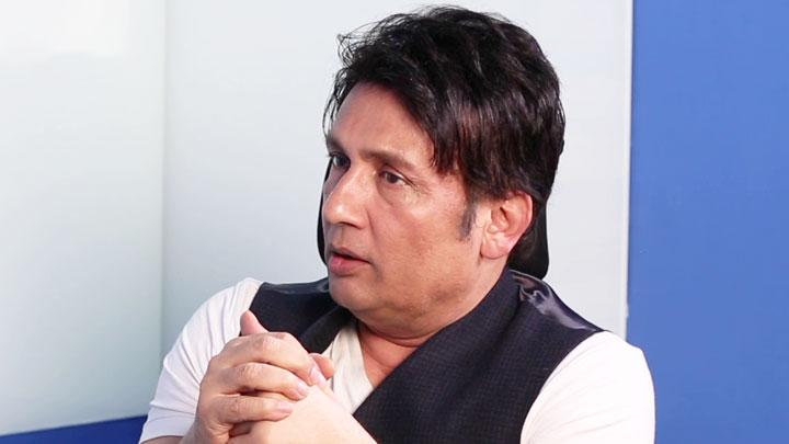 VIOLENCE Serves No Purpose Shekhar Suman Regarding Stone Pelting In Kashmir
