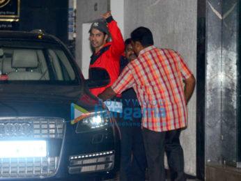 Varun Dhawan & Jacqueline Fernandez snapped post gym session