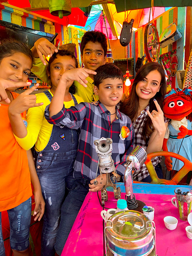 WOW! Dia Mirza celebrates Children's Day with kids from Scrappy News Service (3)