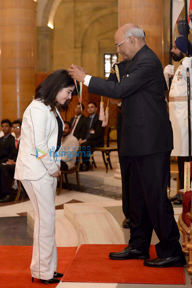 WOW!-Zaira-Wasim-receives-National-Child-Award-from-President-of-India-12