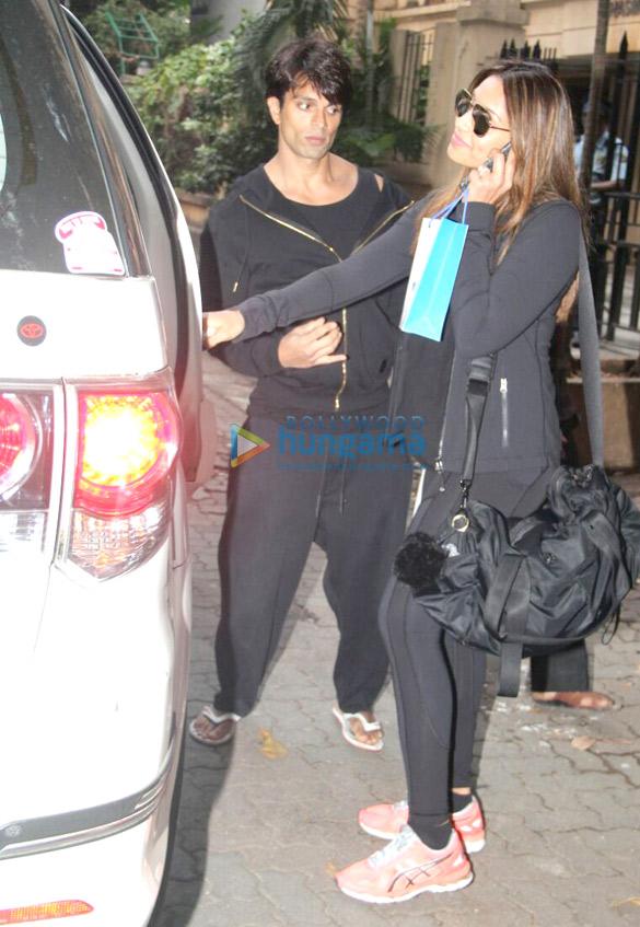 Bipasha Basu and Karan Singh Grover snapped in Khar