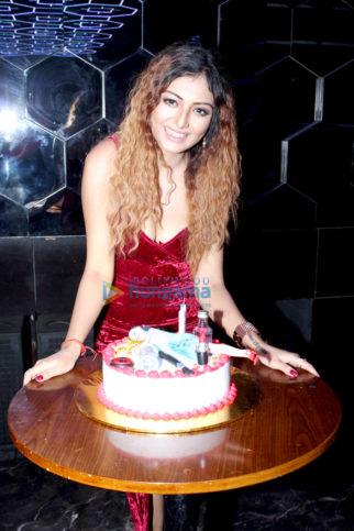 Celebs grace Khushi Mukherjee's birthday celebration at Club Anarchy
