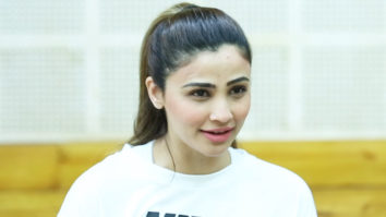 Daisy Shah's Super EXCITING Dance Rehearsal Video