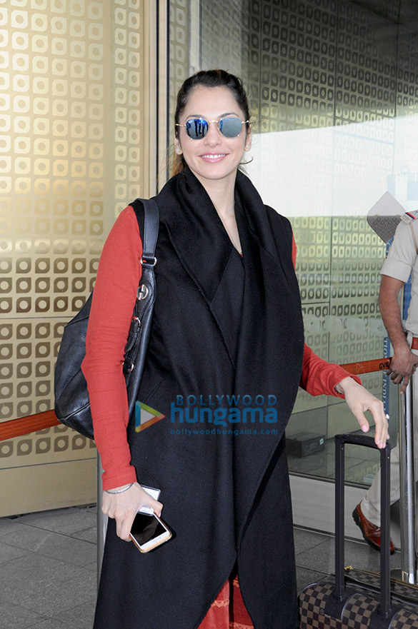 Eesha Koppikhar and Sandeepa Dhar snapped at the airport