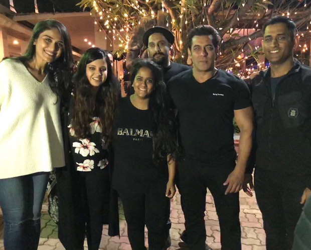 #HappyBirthdaySalmanKhan Salman parties with MS Dhoni, and others; dances on 'Baby Ko Bass Pasand Hai' and 'Shape Of You' (2)