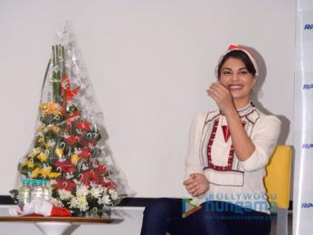 Jacqueline Fernandez hosts Christmas bash