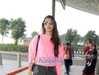 Priyanka Chopra, Jacqueline Fernandez, Shraddha Kapoor and others snapped at the airport